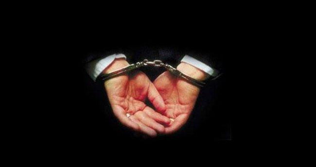 16 polisten 12'si yakalandı