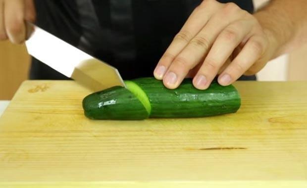 Salatalığın yanına kürdan koyduğunuzda..