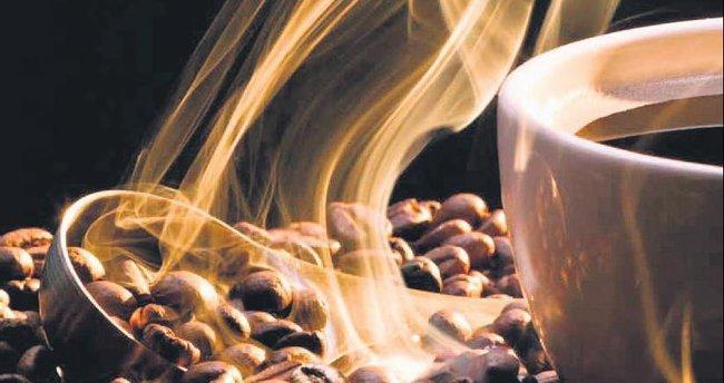 Yumuşak içimli latte mi sert ve yoğun espresso mu?