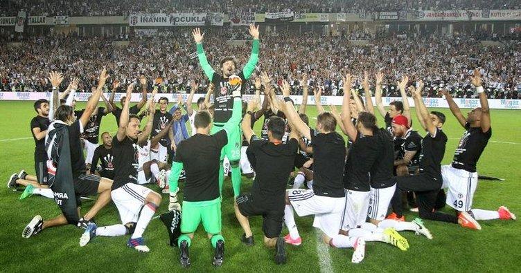 Galatasaray ve Osmanlı şampiyonları alkışlamalı