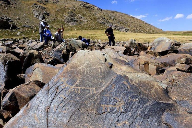 10 bin yıllık kaya resimleri kayıt altına alındı