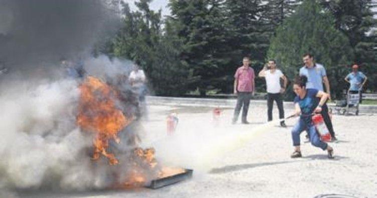 AŞTİ'de yangın eğitimi