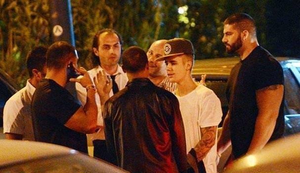 Orlando Bloom ve Justin Bieber karşı karşıya