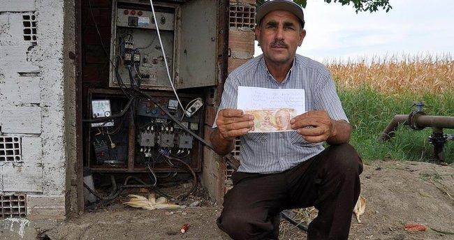 Hırsıza çalmaması için not ve para bıraktı, döndüğünde şaşkına döndü