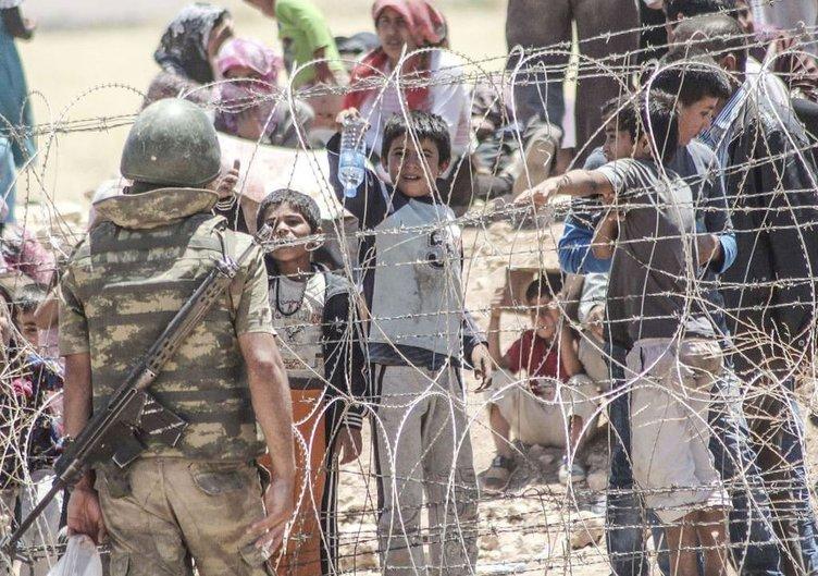 Suriyelilerin sınırda bekleyişi