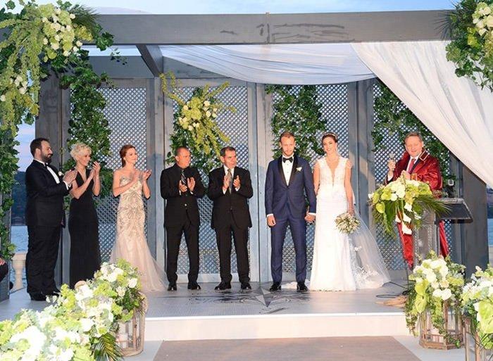 Semih Kaya ile Yasemen Saylar evlendi