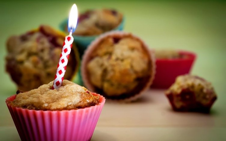 Doğum Günü Mesajları (Kısa & Uzun & Resimli & Komik)