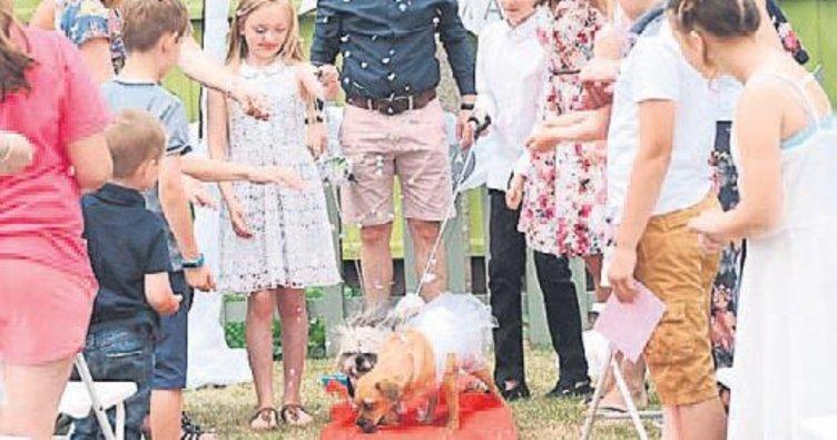 5 bin sterlinlik düğünle dünya evine girdiler