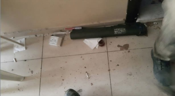 Teröristler evlerin girişini böyle tuzaklamış!