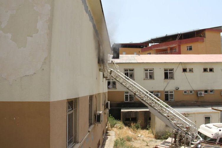 Şemdinli Devlet Hastanesi!nde yangın