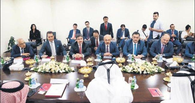 Katar'ı olimpiyatlara Türk firmaları hazırlasın