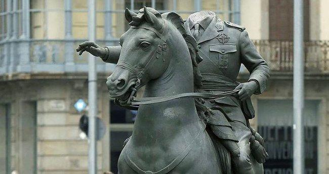 Başsız Franco heykeli tepki çekti