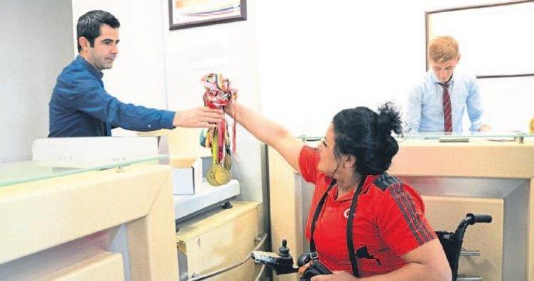 Şampiyondan Erdoğan'a madalya