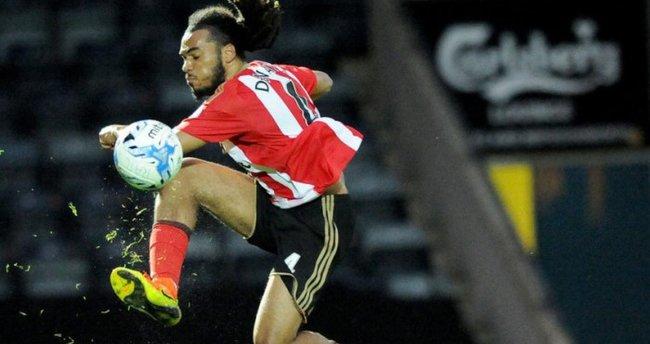 Denayer: Sunderland'e transfer kararını vermek çok kolaydı