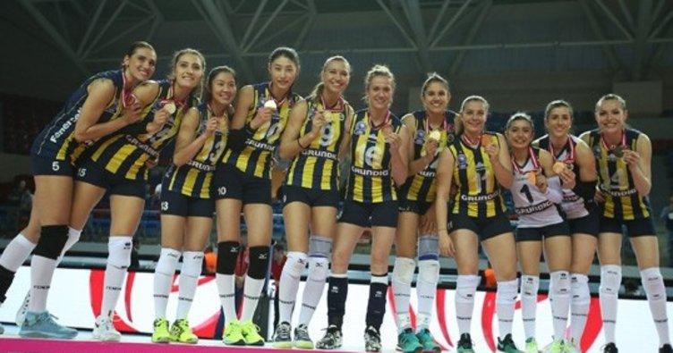 Fenerbahçe'de 6 imza