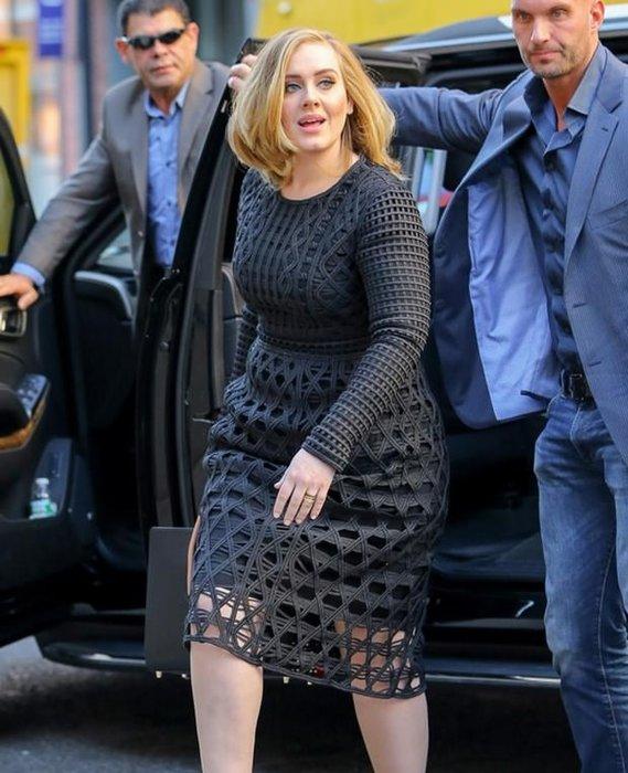 Adele'in yeni koruması interneti karıştırdı