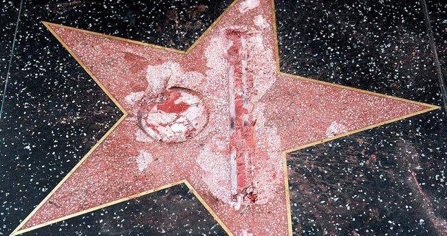 Donald Trump'ın Şöhretler Kaldırımı'ndaki yıldızına saldırı