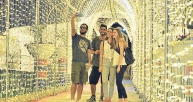 Türkiye'nin ilk ışık tüneli Mersin'de