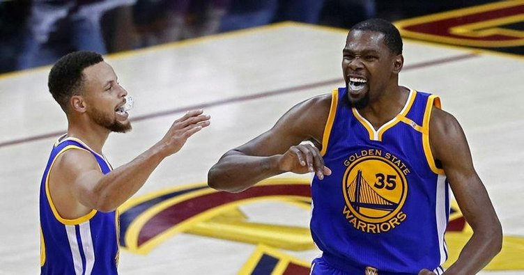 Golden State Warriors son 3 dakikada 3-0 yaptı