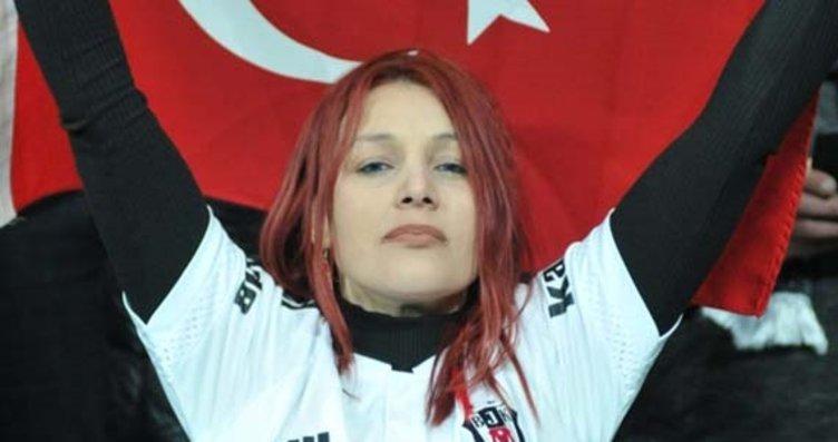 Kızıl saçlı kız Beşiktaş - Lyon maçına damga...