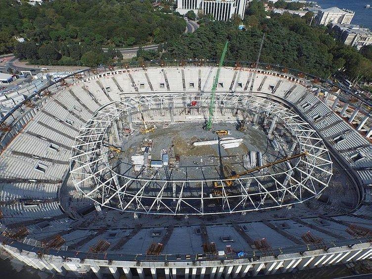 Vodafone Arena'da korkutan görüntü