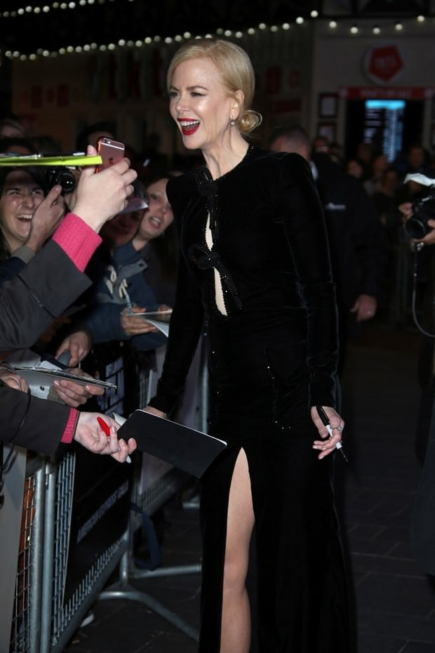 Nicole Kidman rüzgar gibi geçti!