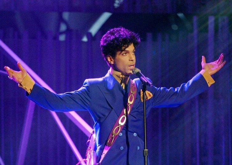 Prince'in öldükten sonra 700 kardeşi çıktı!