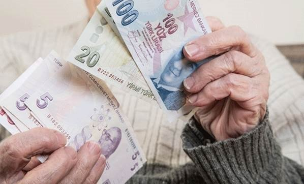 Yüksek emekli maaşının önü açılıyor