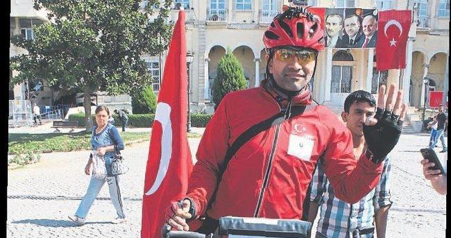 FETÖ'YÜ 30 GÜN PEDAL ÇEVİREREK PROTESTO ETTİ