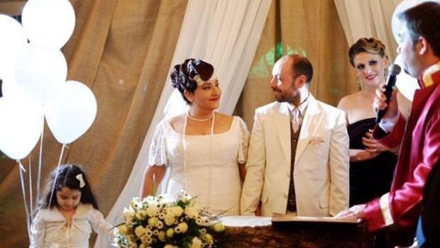 Özlem Tokaslan evlendi