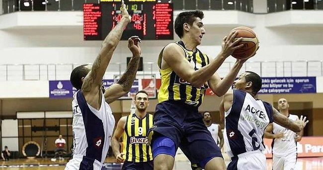 Kenan Sipahi resmen Beşiktaş'ta