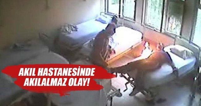 Akıl hastanesinde tedavi gören hasta yatağını yaktı