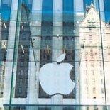 Apple'ın kârı 15 yıldır ilk kez düştü