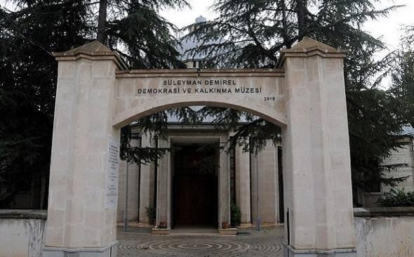 Süleyman Demirel müzesi açıldı