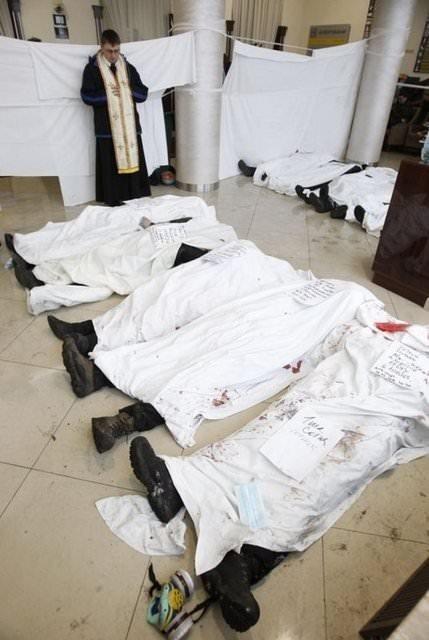 Sniper katliamı: 100 ölü!