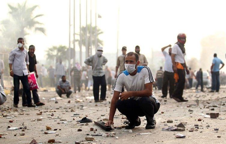 Mısır'da cuntadan korkunç katliam
