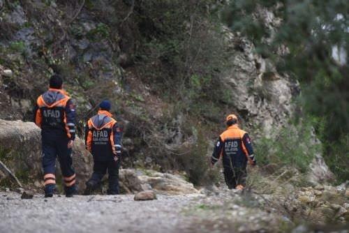 Antalya'da kaybolan 3 yabancı öğrenci kurtarıldı