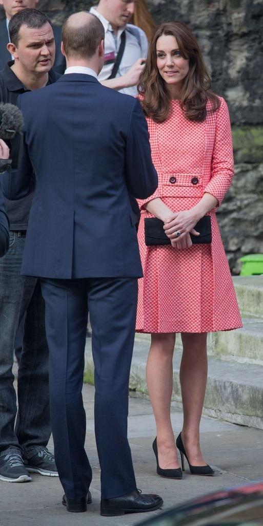 Prenses Kate pembeler içinde