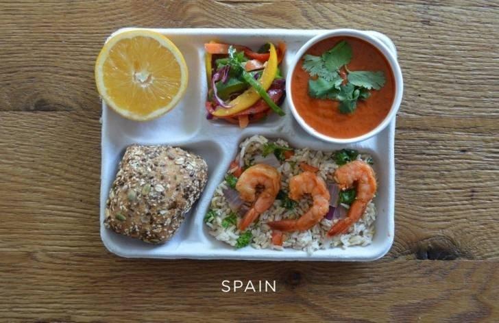10 ülkenin okullarındaki öğle yemeği