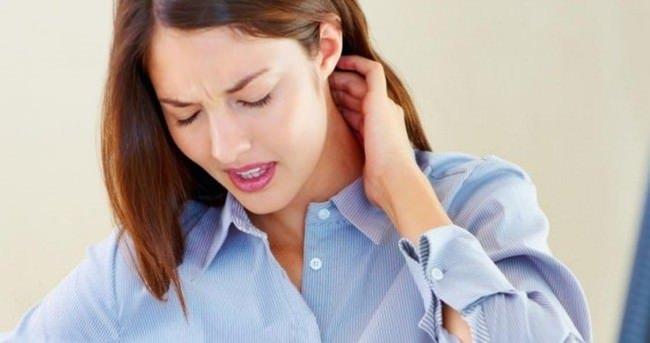 Boyun ağrısından kurtulmanın 9 basit yolu