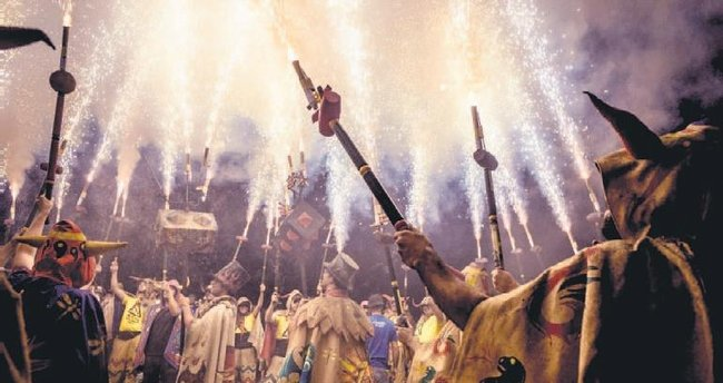 İspanya'da ateşle dans