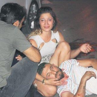 Bar kavgasında vurulan kadın öldü