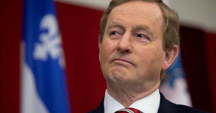 İrlanda Başbakanı Kenny'den istifa kararı