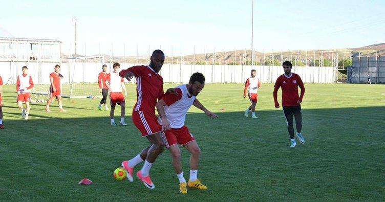 Sivasspor 5 hazırlık maçı yapacak