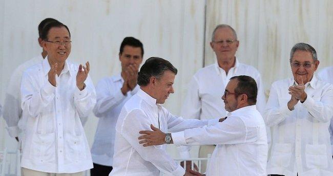 Kolombiya'da 52 yıllık savaş sona erdi