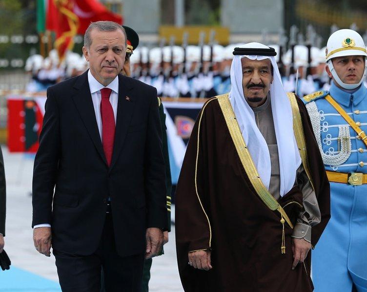 Kral Selman'a ziyaretinin ikinci gününde Devlet Nişanı verildi!