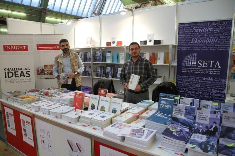 Almanya'da Türkçe Kitap ve Kültür Fuarı açıldı