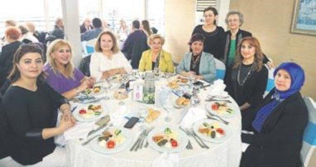 HASVAK'tan hasta ve yakınlarına yemek