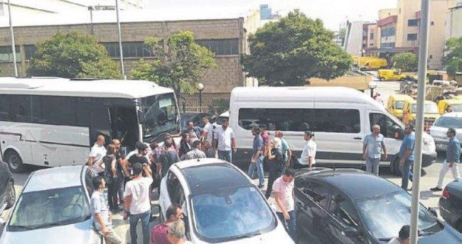 25 avukat gözaltına alındı
