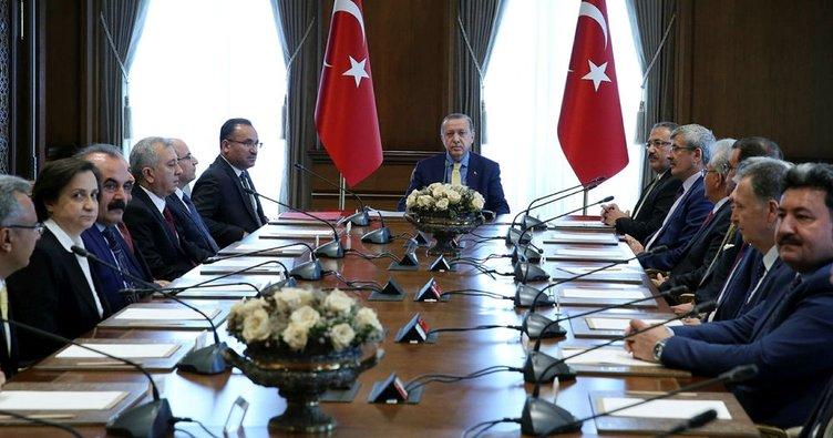 Cumhurbaşkanı Erdoğan görevleri sona eren HSYK üyelerini kabul etti